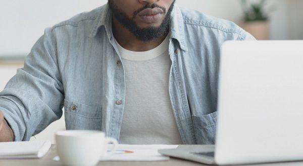 emprego-procurar-internet-wh